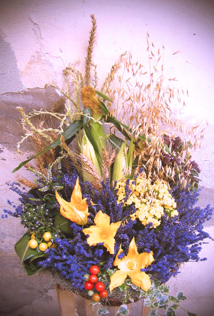 Pumpkin flowers and lavander,ready to go…